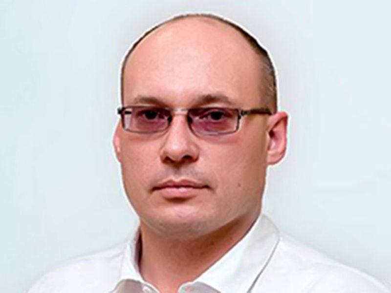 Новгородский районный суд заключил под стражу на два месяца заместителя главы администрации Великого Новгорода Вадима Фадеева