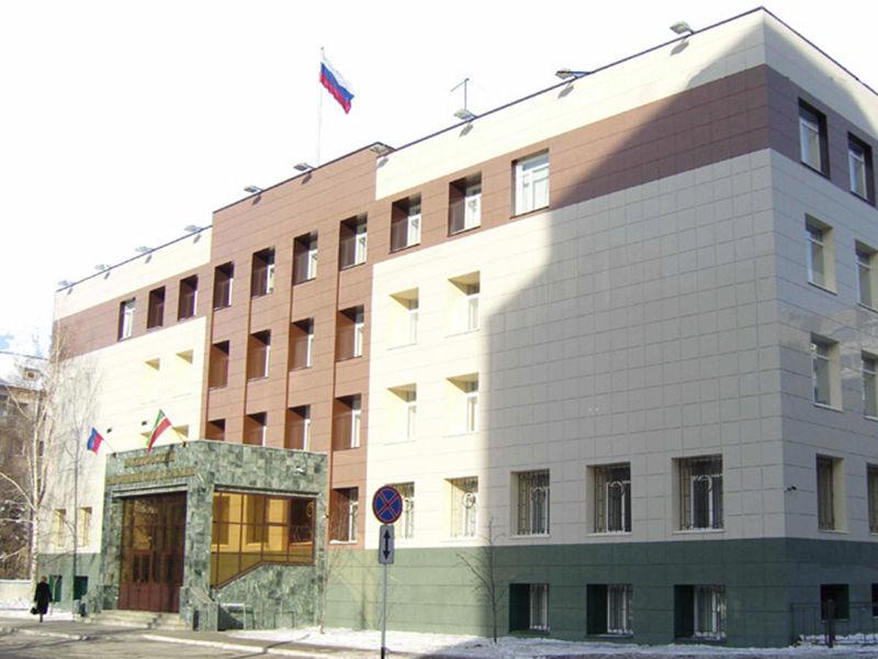 Вахитовский районный суд Казани приговорил к депортации гражданина США Яна Боннера за то, что тот подрабатывал репетитором, не имея разрешения