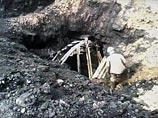 """Кузбасские экскаваторщики невзначай откопали шахтеров, которые тут же """"стрельнули"""" у них покурить (ВИДЕО)"""