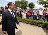 """""""Просто денег нет сейчас"""": Медведев ответил крымчанам на недовольство маленькими пенсиями"""