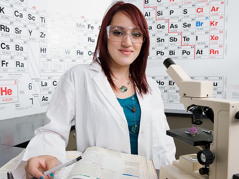 Международный союз теоретической и прикладной химии (IUPAC) объявил о внесении четырех новых химических элементов в периодическую таблицу Менделеева
