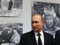 """Путин посетил киностудию """"Ленфильм"""" и сыграл """"Московские окна"""" на расстроенном пианино"""