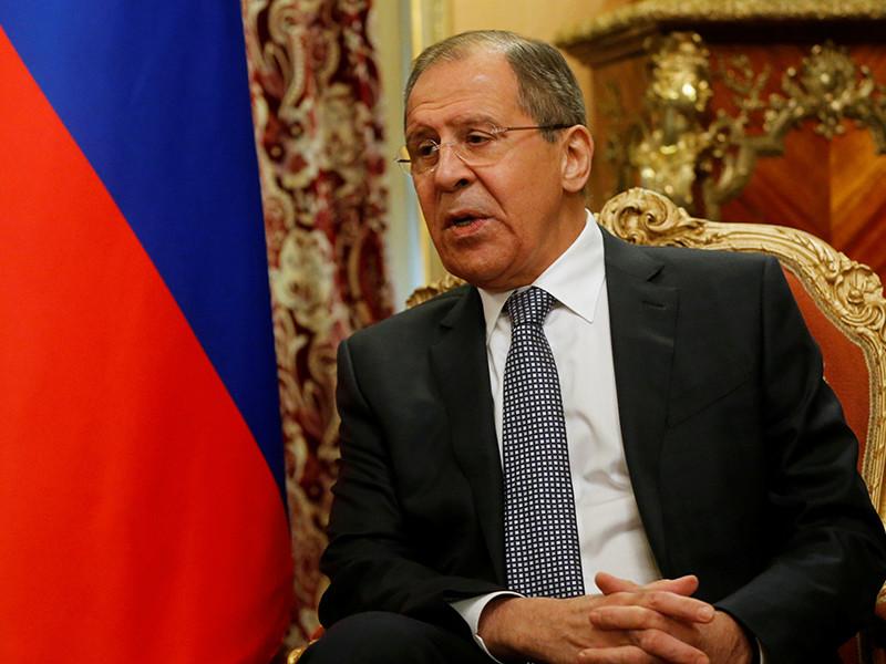 Глава МИД РФ Лавров предупредил Париж о недопустимости повторения инцидента с задержанием автобуса с российскими болельщиками