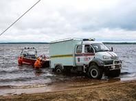 Спасатели исследовали 60 километров водной глади, как с воздуха, так и с помощью 32 водолазов и 23 плавсредств