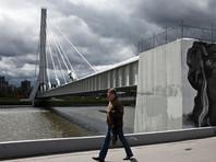 """Активисты движения """"Солидарность"""" переименовали """"мост Кадырова"""" в Петербурге"""