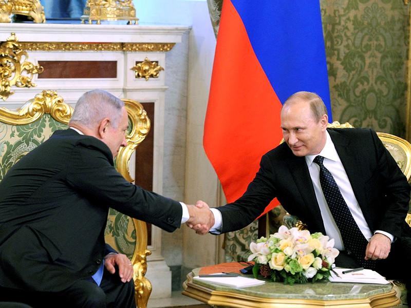 Премьер-министр Израиля Беньямин Нетаньяху, прибывший в Россию с официальным визитом, приуроченным к 25-летию восстановления дипотношений двух стран, провел переговоры с президентом России Владимиром Путиным
