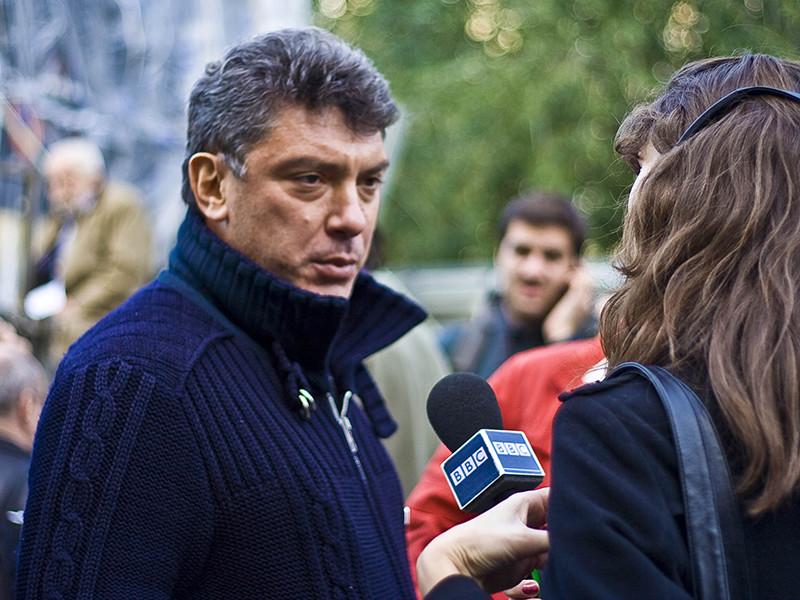 Непосредственно перед убийством Борис Немцов был снят камерой видеорегистратора, установленного на проезжавшей мимо машине