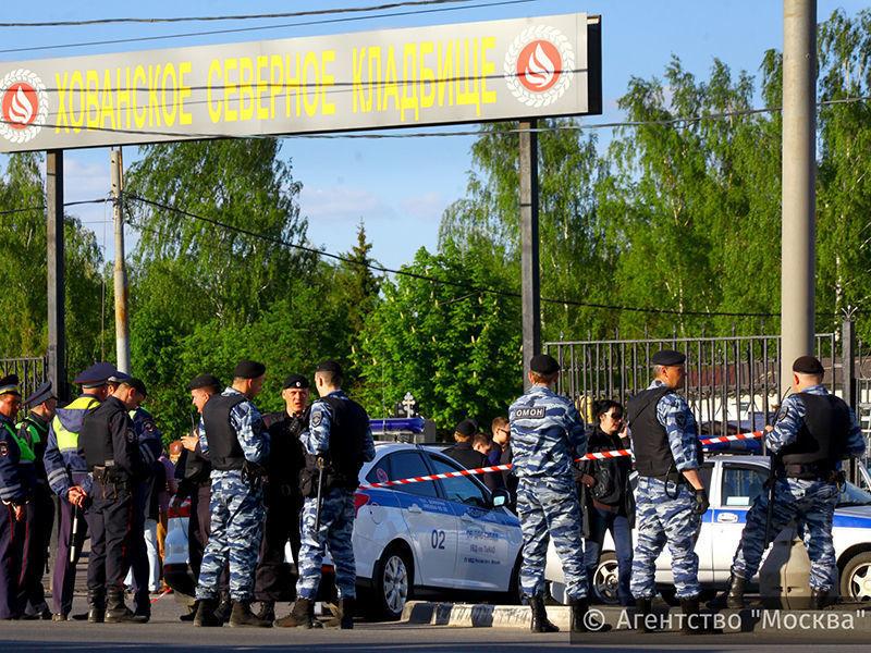 Двоим задержанным после драки на Хованском кладбище предъявили обвинения в организации убийства