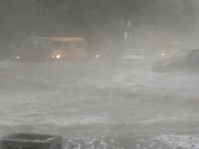 Владикавказ затопило после сильнейшего дождя с градом