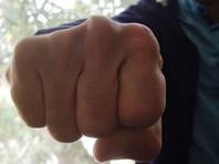"""В Санкт-Петербурге с криками """"пятая колонна"""" избили и ограбили сотрудника """"ВКонтакте"""""""