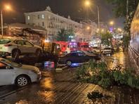 В городской мэрии уже объявили о введении режима чрезвычайной ситуации. В Ростове-на-Дону уже создан оперативный штаб по предупреждению и ликвидации последствий стихии