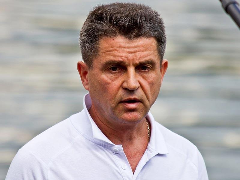 Официальный представитель Следственного комитета (СК) Владимир Маркин возложил вину за потасовки во французском Марселе с участием российских фанатов на организаторов Евро-2016
