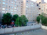 В Оренбурге в результате взрыва газа частично обрушилось многоэтажное общежитие, два человека пострадали