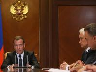 Медведев разрешил силовикам закупать иностранное оборудование