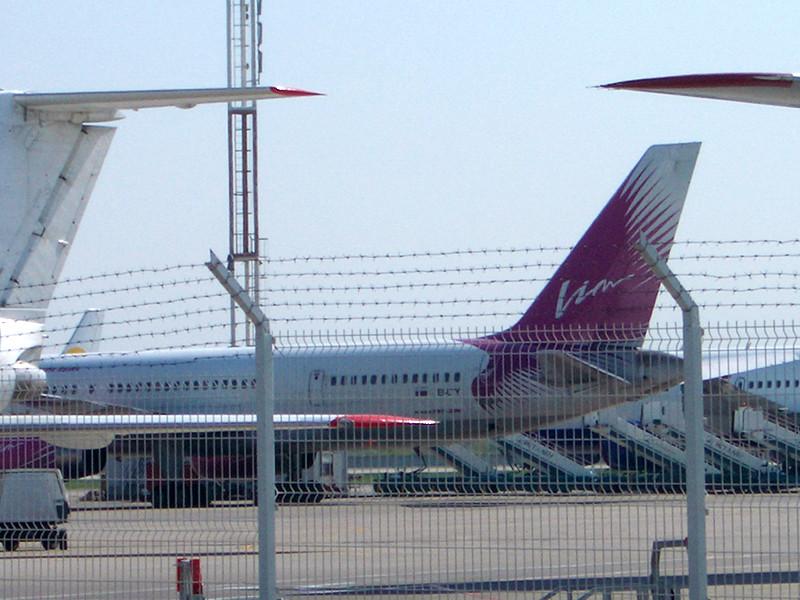 """Авиакомпания """"ВИМ-Авиа"""" отменила в среду, 20 июля, шесть рейсов на вылет из аэропорта Симферополя и задержала вылет пяти самолетов"""