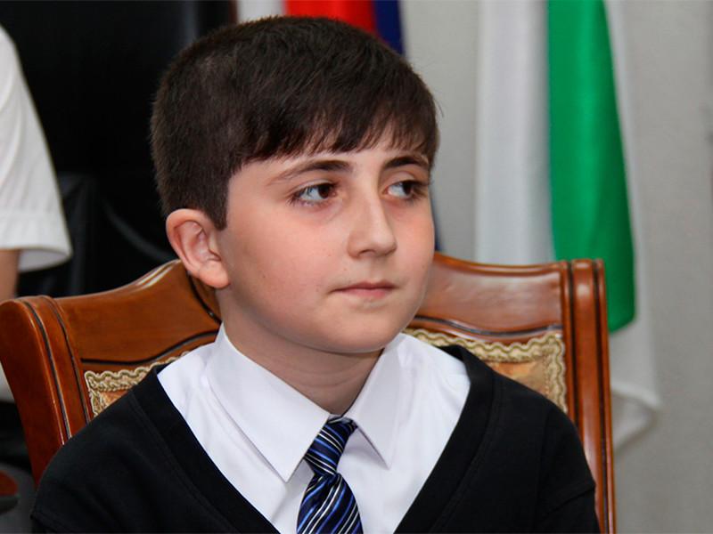 Ингушский мальчик опустошил свою копилку, чтобы помочь Путину преодолеть кризис