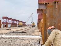 """""""Ведомости"""": долг перед строителями Керченского моста вырос до 8 млрд рублей"""