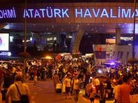 """28 июля 15 """"бисеринок"""" в возрасте 11-12 лет вместе с педагогом оказались в стамбульском международном аэропорту имени Ататюрка в момент, когда там был совершен теракт, унесший жизни 43 человек. Девочки и преподаватель были в """"зеленой зоне"""" и не пострадали"""