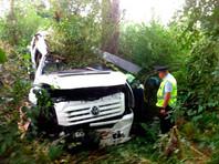 Рейсовый автобус из Крыма врезался в дерево в Ростовской области: погиб один человек