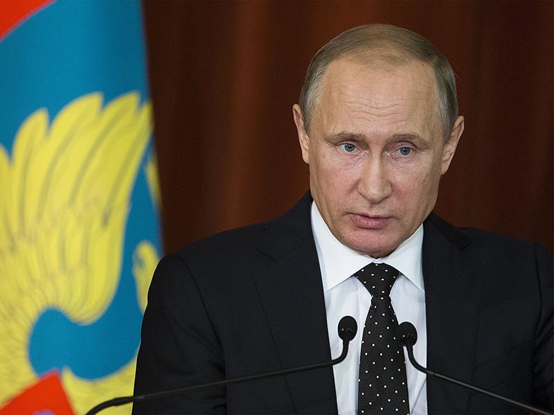 Президент РФ Владимир Путин подписал закон об ограничении работы коллекторов, запретивший им донимать должников в ночное время или слишком часто