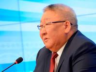 Глава Якутии попал в ДТП, не поделив дорогу с автолюбительницей