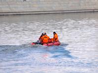 Из Москвы-реки выловили тело в спальном мешке