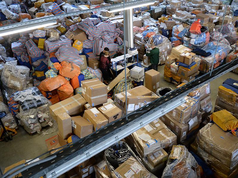"""Исполнение """"закона Яровой"""" может обойтись российским почтовым операторам в 180 млрд рублей"""