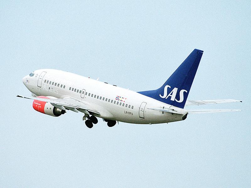 """Самолет Airbus А340 авиакомпании """"Скандинавские авиалинии"""" (SAS), летевший из Шанхая в Копенгаген, накануне приземлился в новосибирском аэропорту Толмачево"""