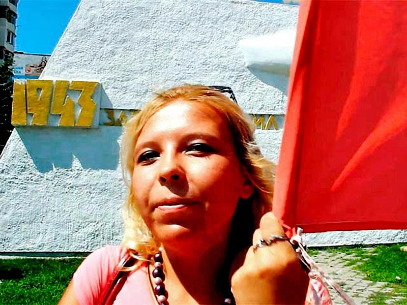 """Краснодарская активистка Дарья Полюдова, которую в декабре 2015 года суд приговорил к двум годам колонии-поселения за организацию """"Марша за федерализацию Кубани"""", обратилась в суд Новороссийска с заявлением об условно-досрочном освобождении"""