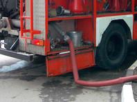 Тюменские пожарные из-за размытой дороги не смогли потушить школу с печным отоплением