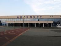 В Воронеже экстренно сел пассажирский самолет с треснувшим стеклом кабины пилота