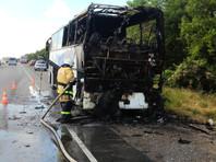 На трассе в Крыму полностью выгорел рейсовый автобус