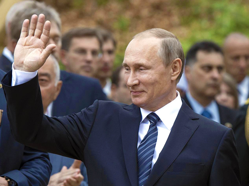 """Дело номер 144128 стало известно как """"дело Путина"""", так как в нем в качестве доказательств фигурировал документ с """"визой"""" Владимира Путина о выделении денежных средств корпорации """"Двадцатый трест"""" мэрией Санкт-Петербурга"""