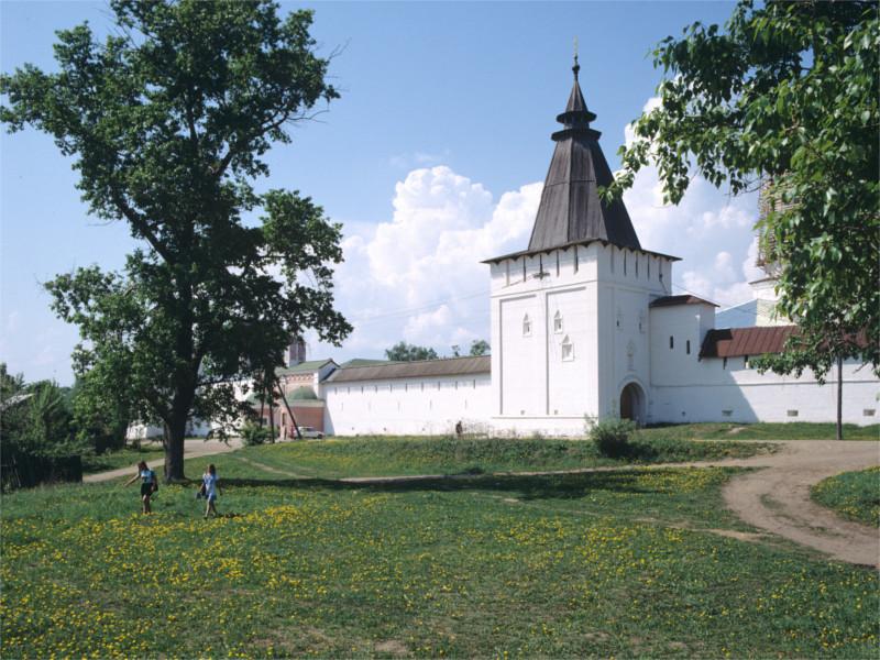 Боровск, Пафнутьевский монастырь, одна из главных городских достопримечательностей