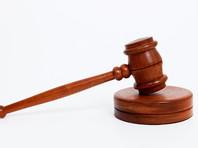 В Твери арестованы 35-летняя женщина и ее 25-летний сожитель, подозреваемые в убийстве 13-летней дочери: пьяные сожители поочередно избивали девочку, а чтобы она очнулась от побоев, отчим поливал ее кипятком из чайника