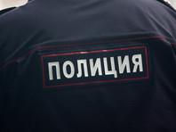 Полицейские явились к мужчине домой и увезли его в Кропоткин