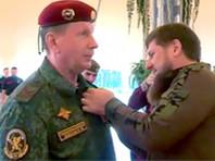 Врио главы Чечни вручил Золотову орден Ахмата Кадырова и сертификат охранника под номером 001
