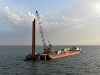 Строители начали сооружение судоходной части Керченского моста