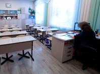 Зарплаты учителей выросли и обесценились, признал министр образования
