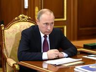 Путин помиловал двух заключенных россиян