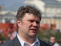 Митрохин потребовал снять Собянина с выборов в Госдуму из-за подкупа избирателей