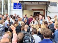 Директор московской школы N57, где учитель якобы совращал школьниц, покинул свой пост