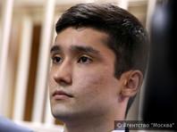 "Сын вице-президента ""Лукойла"" напал на журналистку в здании суда перед началом слушаний по делу о гонке на ""Гелендвагене"""