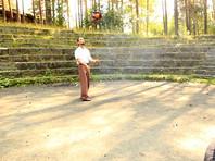 Житель Екатеринбурга попал в Книгу рекордов России за жонглирование бензопилой (ВИДЕО)