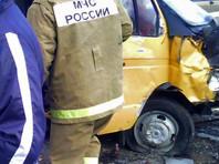 """В Дагестане столкнулись """"Газель"""" и легковушка: семь человек погибли"""