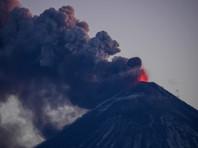 Ученые увидели признаки супервулкана у Ключевского, выбросившего пепел на 11 км (ВИДЕО)