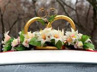 """В Москве полиция остановила """"стреляющий"""" свадебный кортеж, перекрывший Севастопольский проспект"""