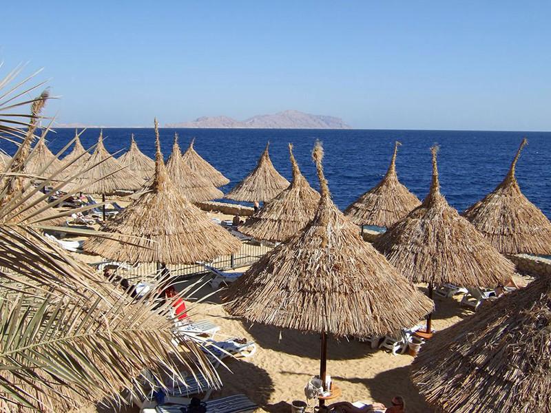 Отделение Российского союза туриндустрии в Крыму предложило ввести налог для граждан, выезжающих на отдых за границу