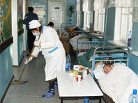 Между тем в проекте бюджета РФ заложено сокращение расходов на медицину в ближайшие три года в три раза