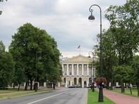 Петербургских чиновников обяжут отчитываться о встречах с иностранцами